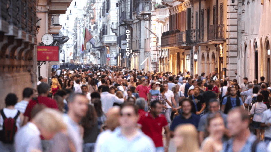 A crowded, noisy city can be compared to flashing elements on website